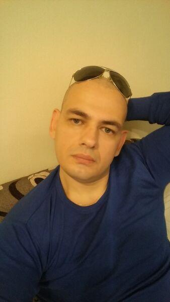 ���� ������� Vitalik, Ramat Gan, �������, 35